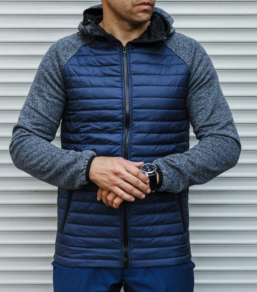 Чоловіча стьобаний куртка з рукавами і капюшоном - в'язка