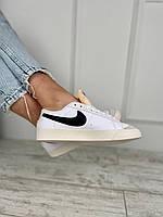 Кроссовки женские белые с черным логотипом. Женские стильные кроссовки белые., фото 1