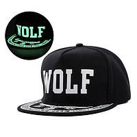 Cветящаяся черная кепка WOLF