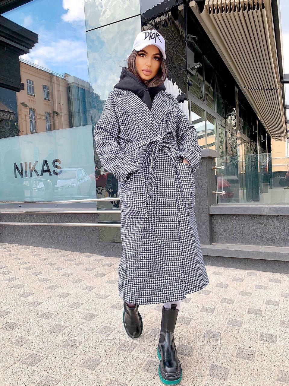 Стильне кашемірове пальто в клітинку