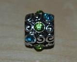 намистина в стилі Пандора з блакитними і зеленими кристалами, фото 3