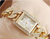 Часы женские кварцевые, копия бренда 402