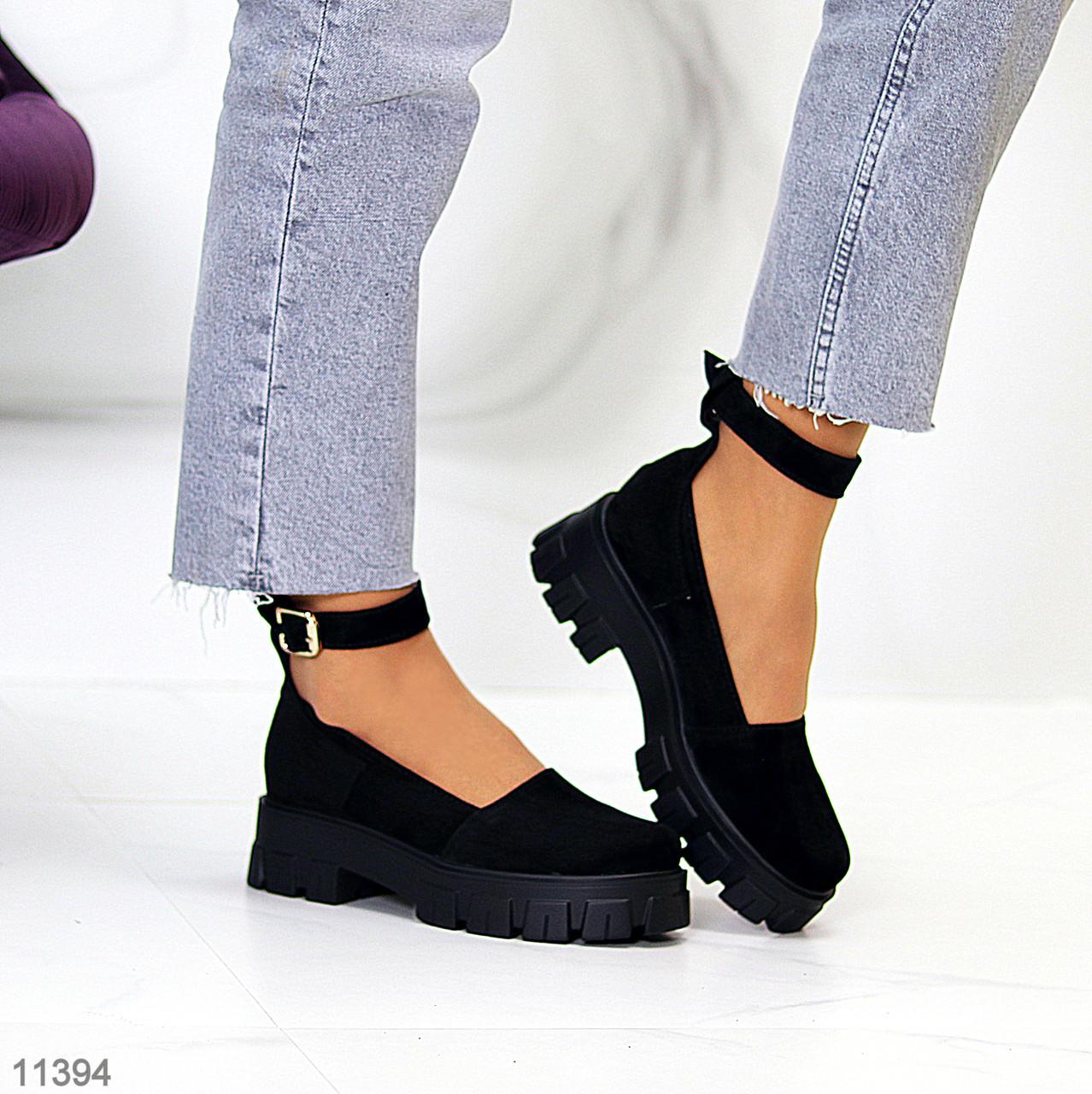 Туфлі жіночі чорні з ремінцем натуральна замша