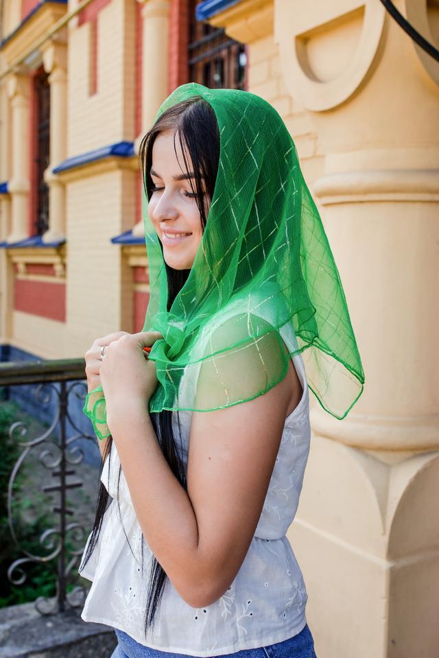 Платок в церковь зеленый