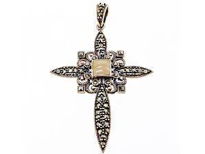 Срібний хрест з камінням моріон і агат