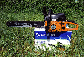 Бензопила Sadko GCS-560Е (3.4 л.с. шина 50 см) с дополнительной шиной и цепью