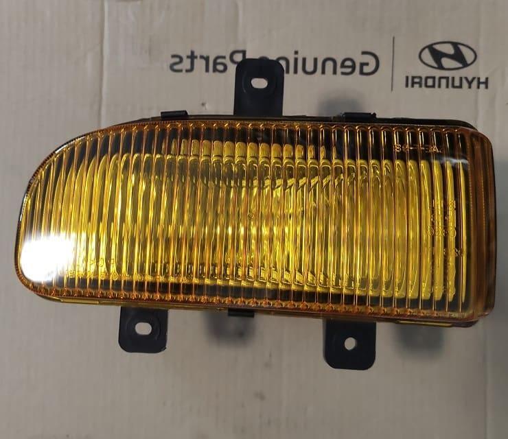 Фара протитуманна права Hyundai HD120, HD210, Hyundai HD120 (92202 6A000)