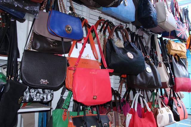 Разнообразие выбора недорогих женских сумок в Одессе