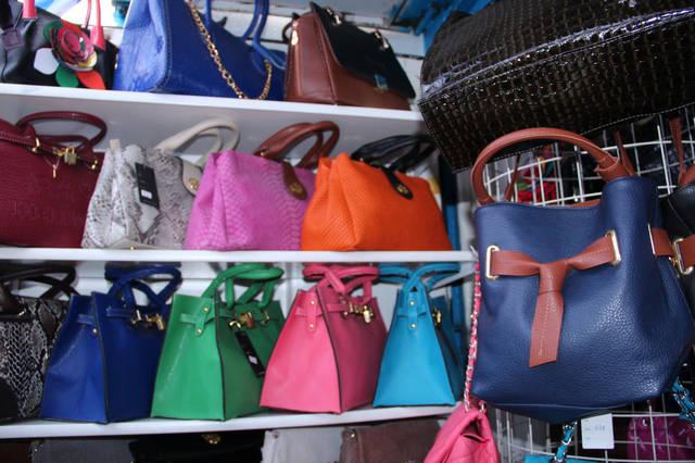 Разнообразие выбора недорогих женских сумок в Одессе 12
