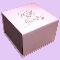 Подарочная коробочка Jewelry