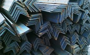 Уголок стальной 35*3 мм, горячекатанный равнополочный 2 СОРТ