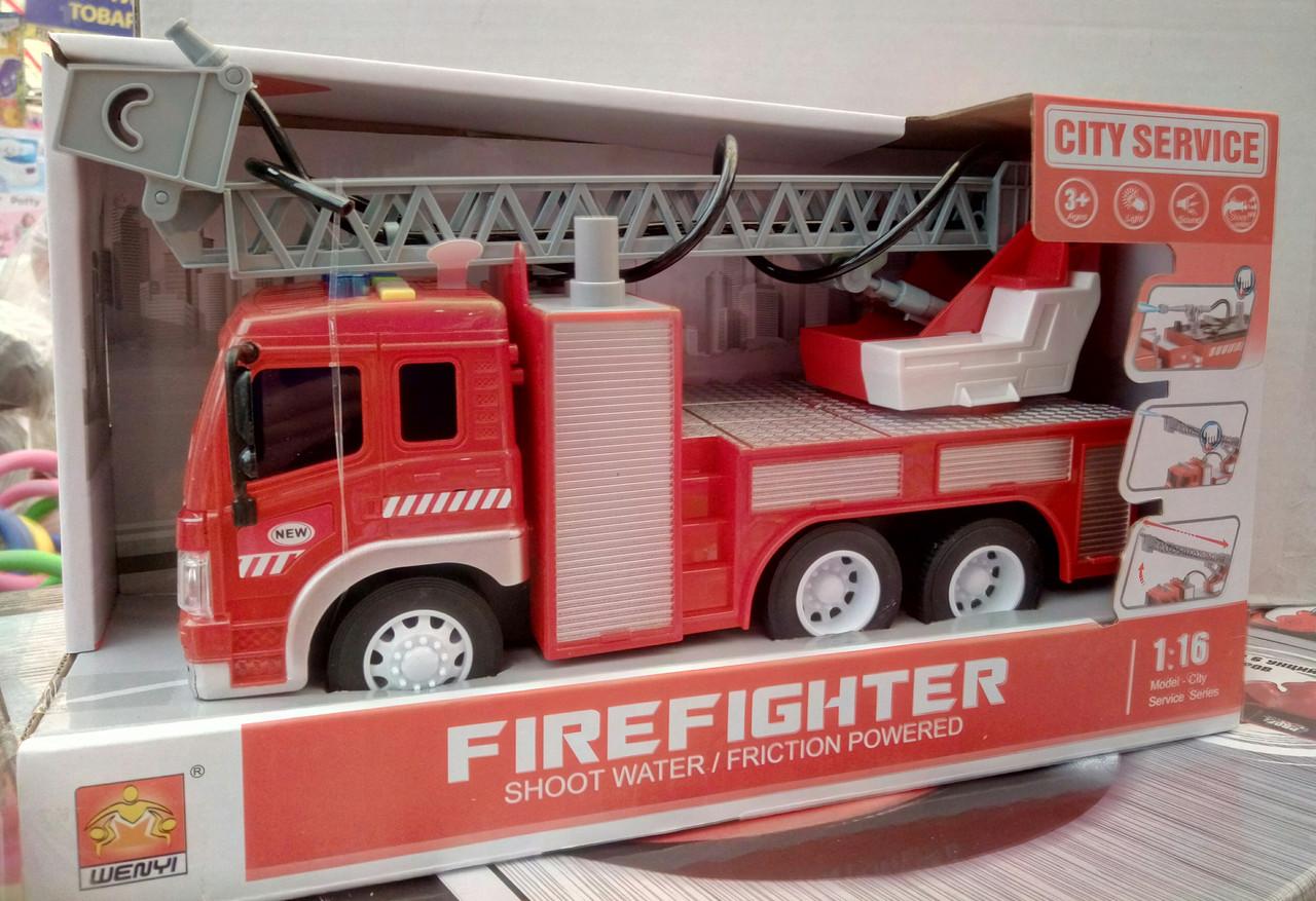 Пожежна машина на батарейках, бризкає водою, звукові ефекти, в коробці WY 351