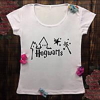 Женская футболка с принтом - Hogwarts