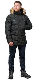 Дизайнерська куртка зимова темно-зелена для чоловіків модель 76029