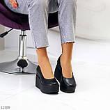 Модельні жіночі шкіряні чорні туфлі натуральна шкіра на платформі танкетці, фото 6