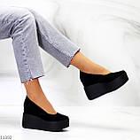 Модельні жіночі чорні замшеві туфлі натуральна замша на платформі танкетці, фото 10