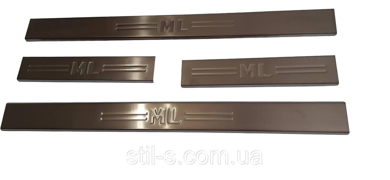 Накладки на пороги MERCEDES ML W-163 (1997-2005)