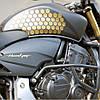 Соты на бак мотоцикла золото