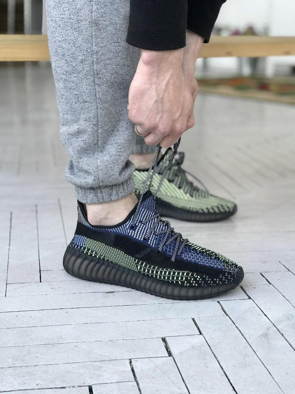 """Кросівки Adidas Yeezy Boost 350 V2 """"Чорні"""". Рефлективні"""