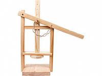 Пресс деревянный для производства сыра дома
