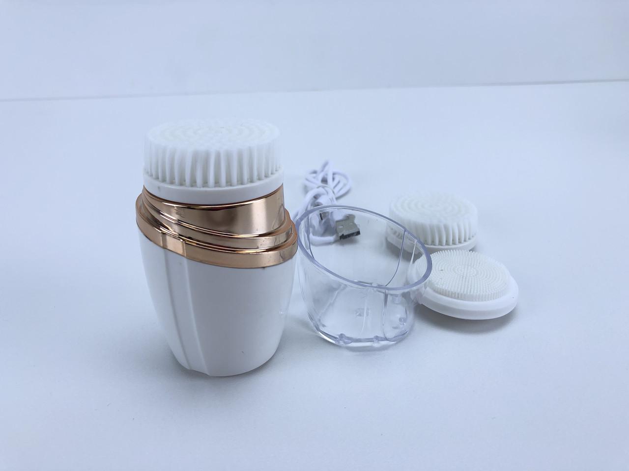Щетка массажная для чистки лица и тела с 3 насадками