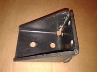Кронштейн буфера хода сжатия передней подвески ЗИЛ-5301 5301-2902657