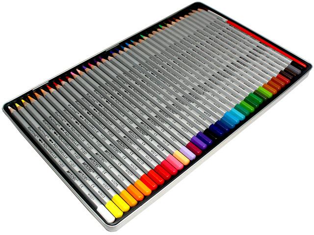Карандаши цветные акварельные с кистью в металлическом пенале. Набор из 24 цветов.Диаметр грифеля 3,2 мм.  4 набора в картонной упаковке, 6 упаковок в коробке.