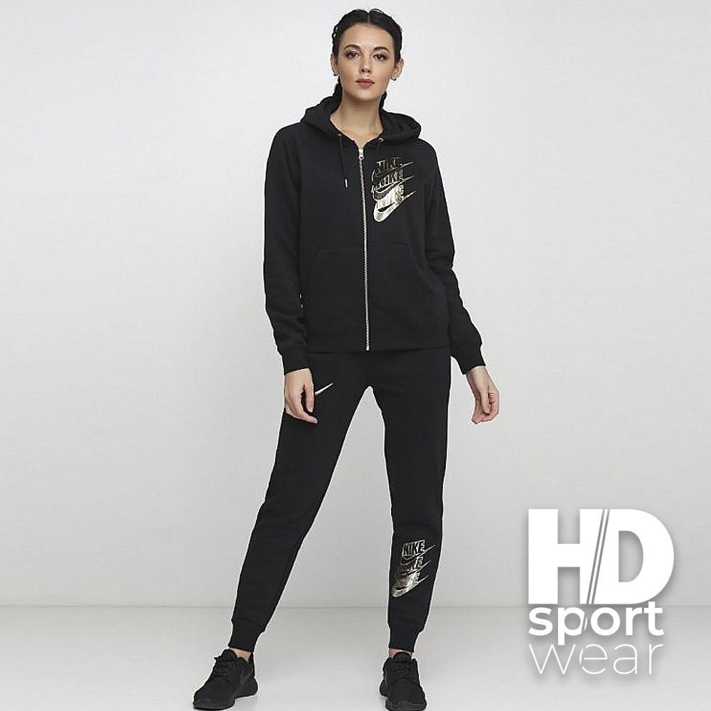 Жіночі спортивні костюми Nike