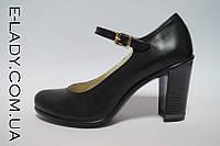 Черные туфли на устойчивом каблучке из натуральной кожи