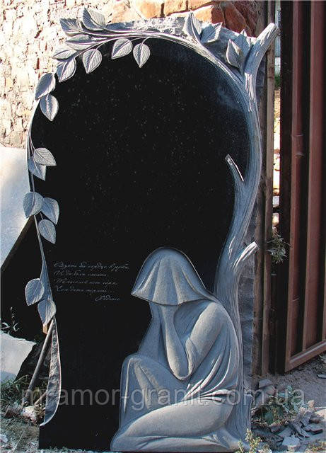 Памятник скорбящая мать ПГ - 034