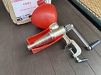 Соковижималка ручна Чавун Мотор Січ для томатів