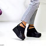 Стильные туфли женские на танкетке /платформе 9 см черные натуральная кожа + резинка, фото 3