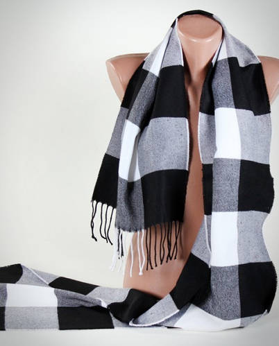 Клетчатый мягкий полушерстяной шарф Traum 2493-03