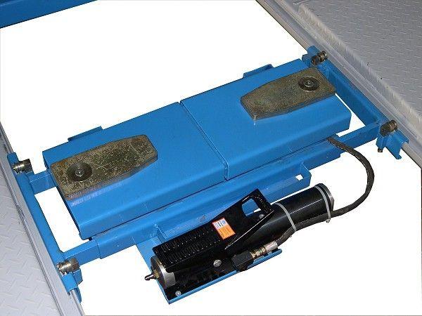 Подъемник осевой TXB J3000P (2.5 т)