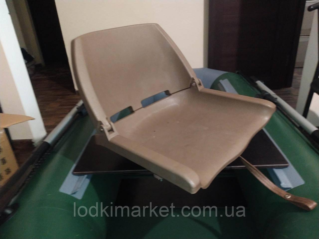 Пластикове крісло для човни ПВХ з поворотним механізмом