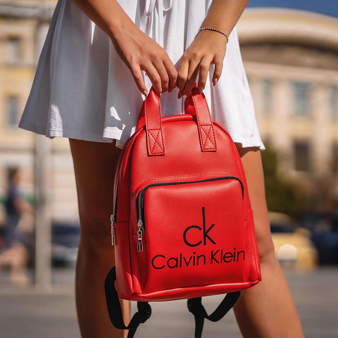 Красный женский рюкзак из кожи PU Стильный и удобный ViPvse