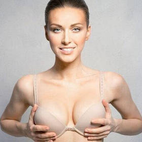 Красиві груди
