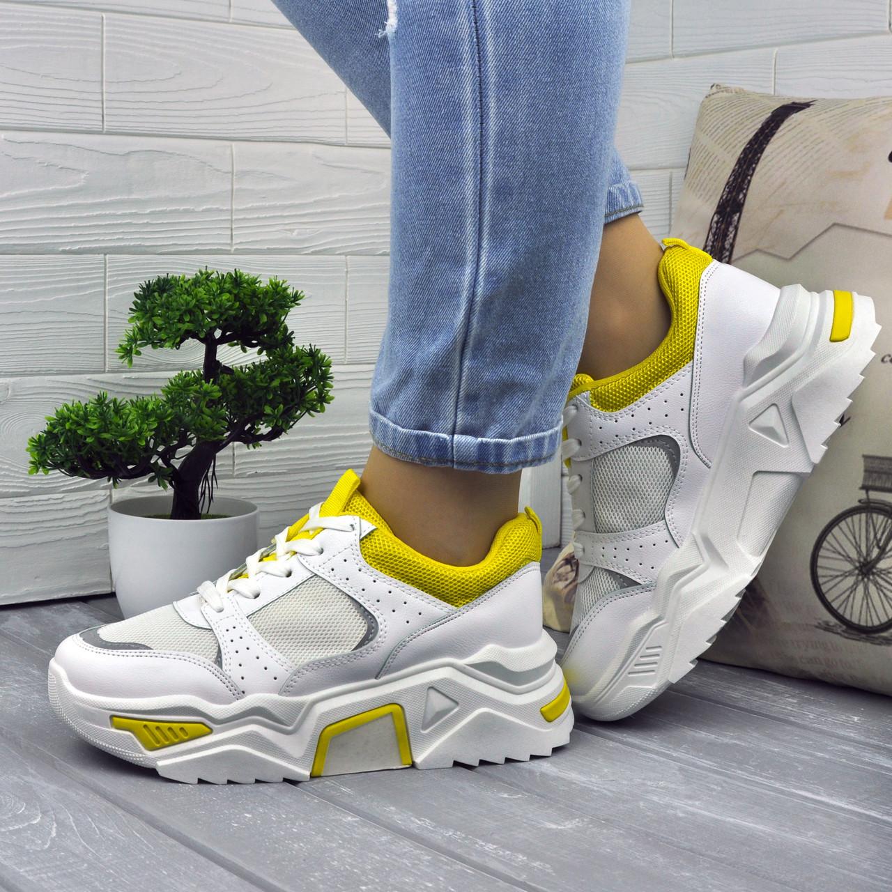 Модные белые женские кроссовки на высокой подошве