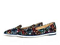 Туфли лоферы кожаные с синим цветочным принтом