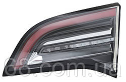Фара задняя правая в крышке Tesla Model 3 1077401-00-E (оригинал, б/у)