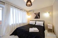 Замечательная квартира с дизайнерским ремонтом, 2х-комнатная (61147)