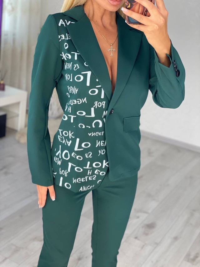 Женский классический костюм с брюками и пиджаком