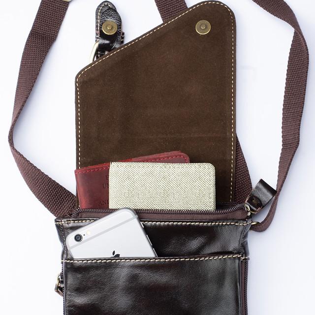 Фото мужской кожаной сумки через плечо вид спереди
