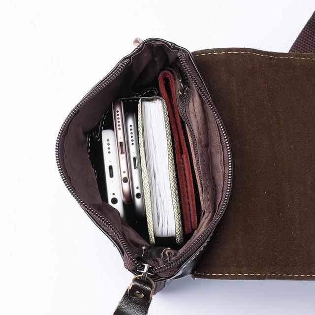 Фото главного отделения мужской кожаной сумки через плечо