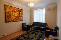 Прекрасная квартира на Крещатике, 2х-комнатная (90009)