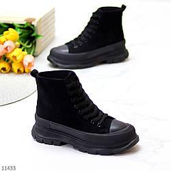 Актуальные черные женские замшевые женские ботинки на шнуровке на платформе