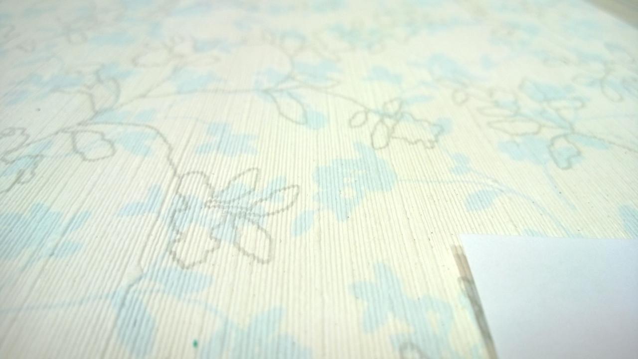 Виниловые обои Carnaby с рисунком, голубого цвета на бумажной основе. Артикул 42625