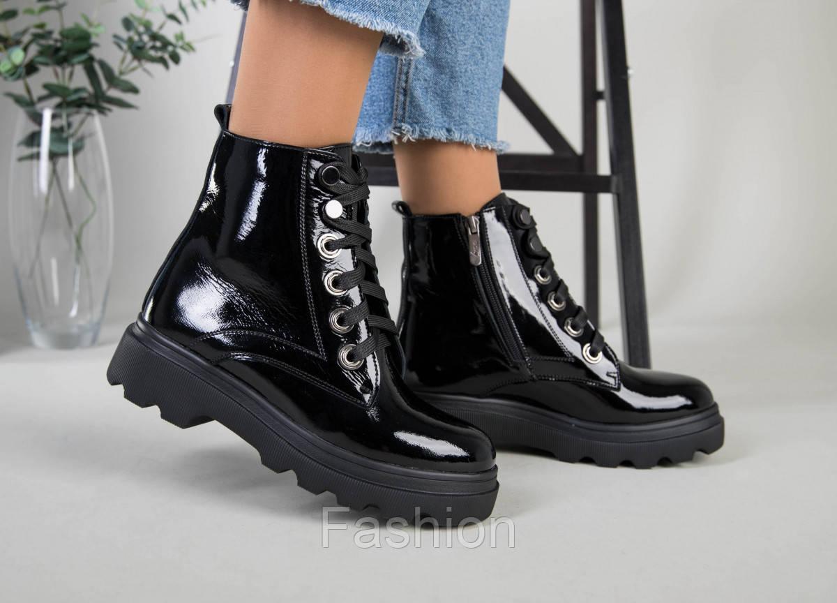 Ботинки женские кожа лак черные зимние