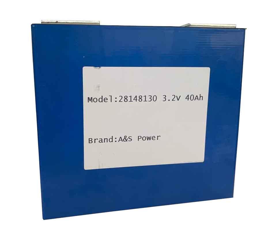 Аккумуляторная батарея призматическая 3.2V 40Ah (литий-ионная) Lifepo4