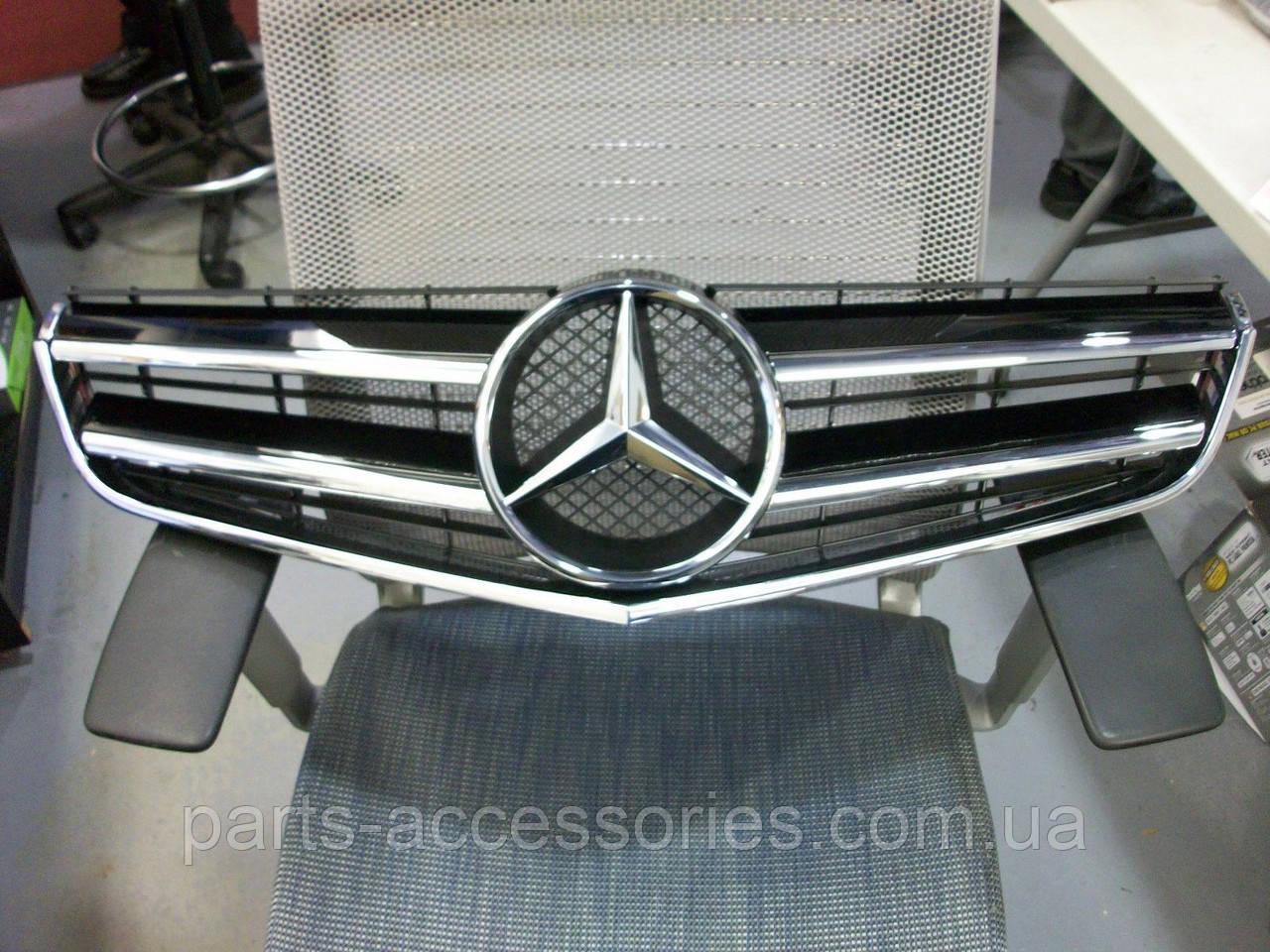 Mercedes E Class купе кабріолет W207 до рестайлінгу 2009-13 решітка радіатора оригінал нова